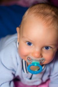 do pacifiers affect babies teeth